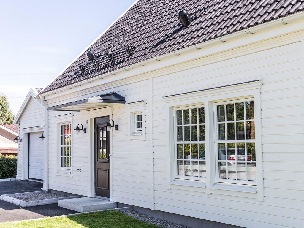 telefonnummer ledsagare amatör- nära Borås